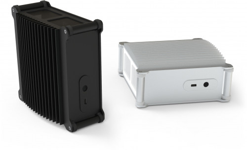 The DB1i Fanless can be orientated vertically or horizontally